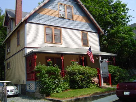 The Maples Inn 2
