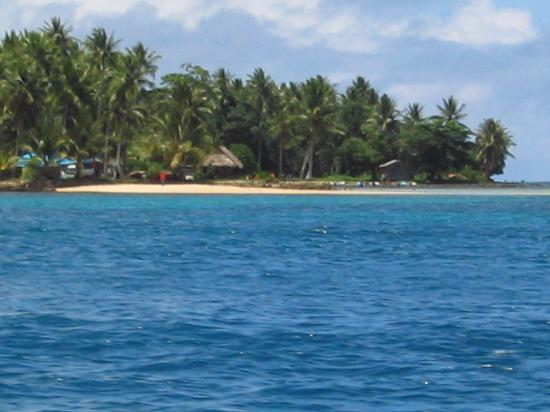 Truk Blue Lagoon Resort : Resort from the sea