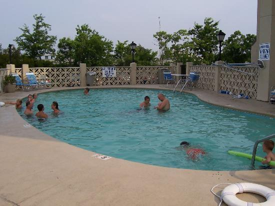 La Quinta Inn & Suites Charleston Riverview: Pool