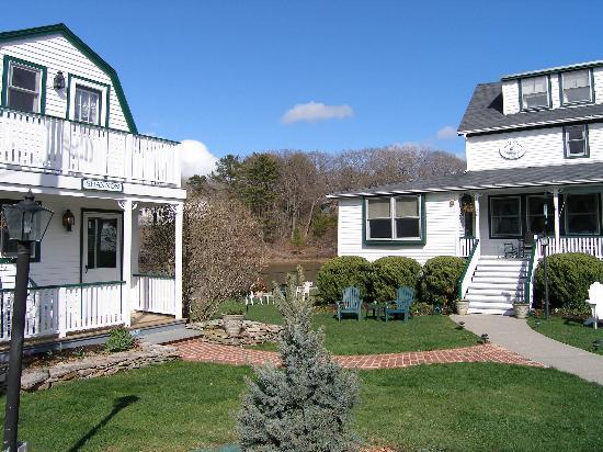 The Edgewater Inn: The main building and the cottage