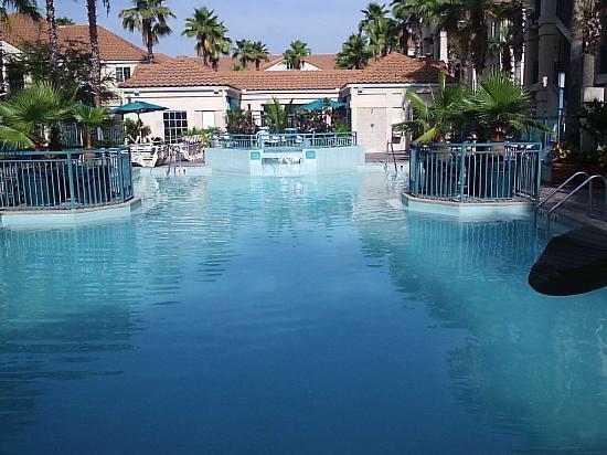 Staybridge Suites Lake Buena Vista: Pool area 2
