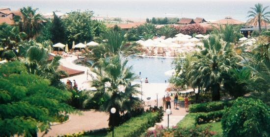 Sunrise Resort Hotel: Pool, Where The Daytime Entertainment Takes Place