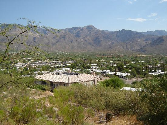 Sonoran Suites of Tucson: Mountain view