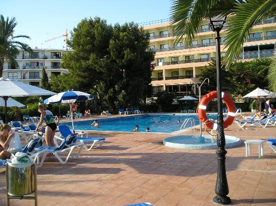THB Los Molinos: The Hotel Los Molinos - pool area