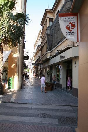 Hotel Torreluz Centro : Shopping in Old Town Almeria