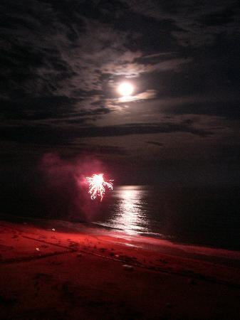 The Beach Club: Fireworks on the beach