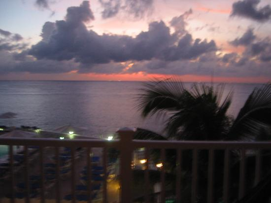 Cozumel Palace: View from Balcony at Sunset