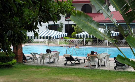 Montebello Villa Hotel: Montebello Pool