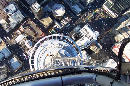 Vertigo Climb: Looking down