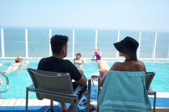 Hilton Virginia Beach Oceanfront Roof Top Outdoor Pool