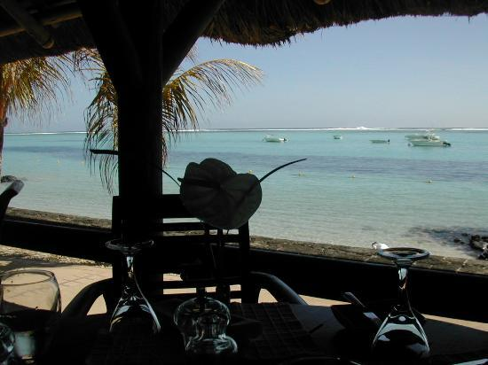 Paradis Beachcomber Golf Resort & Spa: View from Blue Marlin restaurant