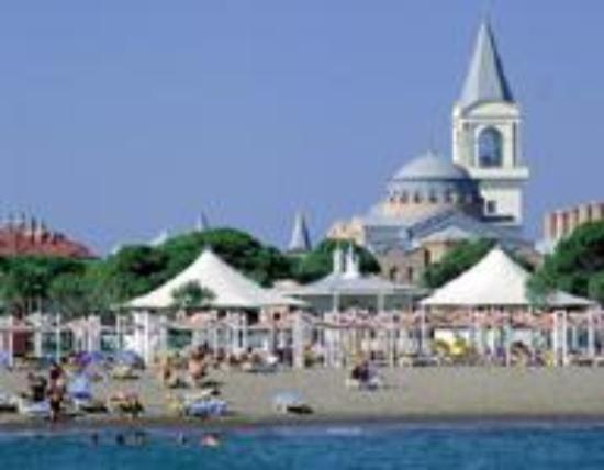 WOW Topkapi Palace: View of the hotel and beach