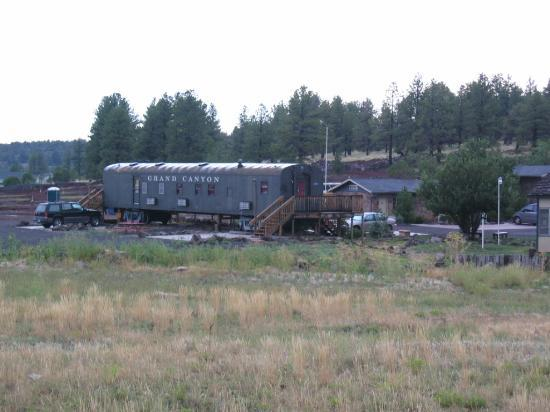 Canyon Caboose Bed & Breakfast : Pullman Car