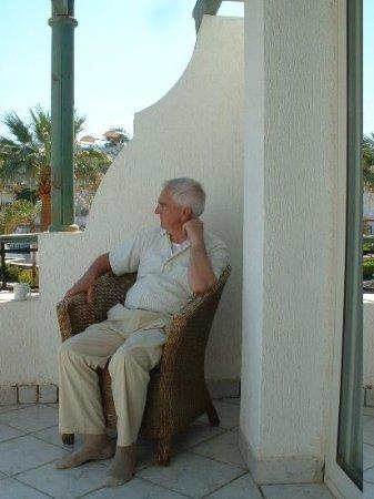 Hilton Sharm Waterfalls Resort: Dreaming on the balcony
