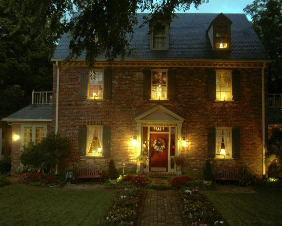 Cedars of Williamsburg Bed and Breakfast: A great Place to come home to!!!