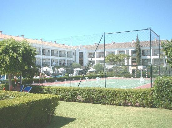 Globales Cortijo Blanco Hotel: Cortijo Blanco - Tennis Court/Complex