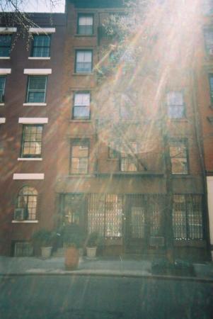 Greenwich Village Habitue: Sunny Greenwich!