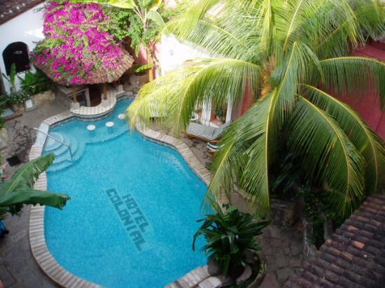 Hotel Colonial: View of the pool from my room.
