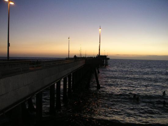 Inn at Venice Beach: Venice Pier at Sunset