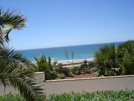 Hotel Fuerte Conil - Costa Luz: View of the beach from the hotel