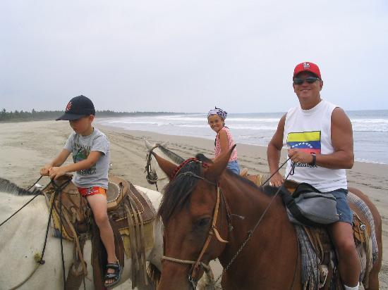 Costa Bonita Condominium & Beach Resort: Horseback Riding on Playa Bruja