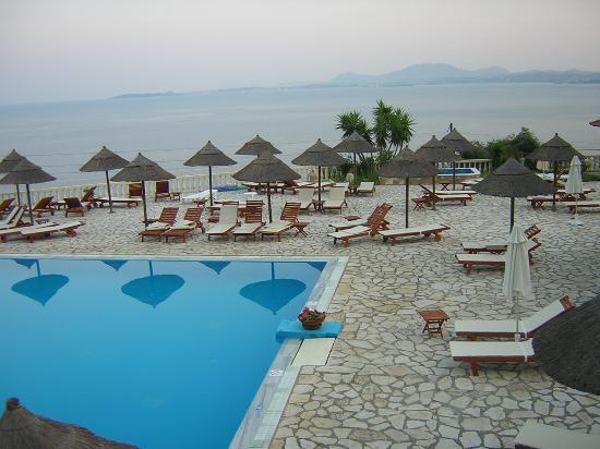 Barbati, กรีซ: swimming pool