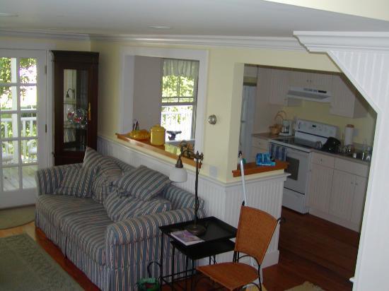 The Harbour Cottage Inn: Southwester Living Area