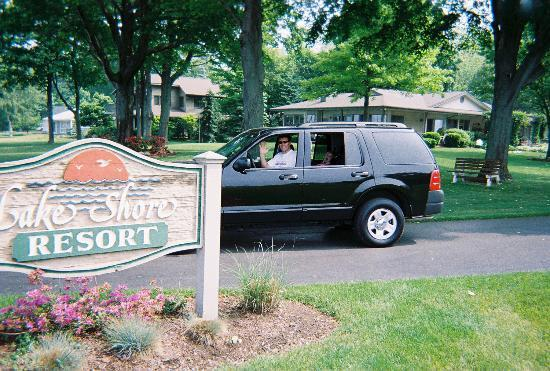 Sign at Entrance to Lake Shore Resort