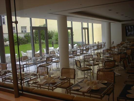 Design Hotel Josef Prague: Breakfast room