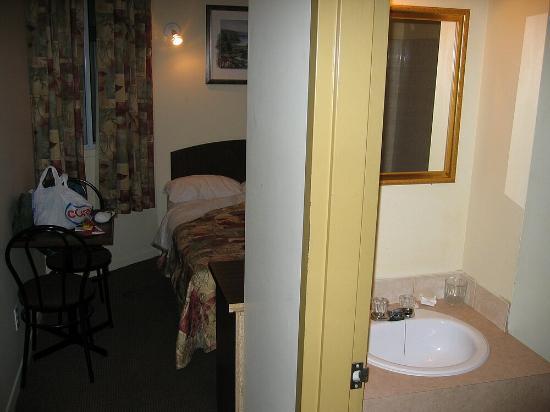 هوتل كوارتير لاتين مونتريال: room 2
