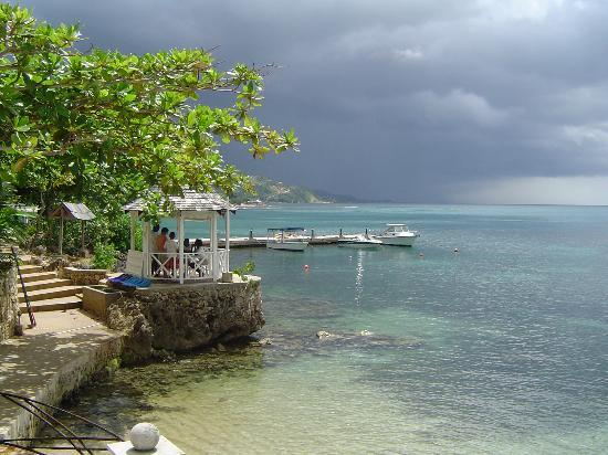 Hopewell, Jamaica: Watersports (the little gazebo)