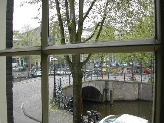 Seven Bridges Hotel: looking out at canal and bridge from window