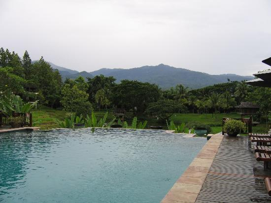 Four Seasons Resort Chiang Mai: view over pool
