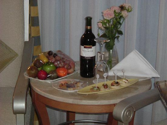 Le Meridien Al Aqah Beach Resort: Complimentary goodies