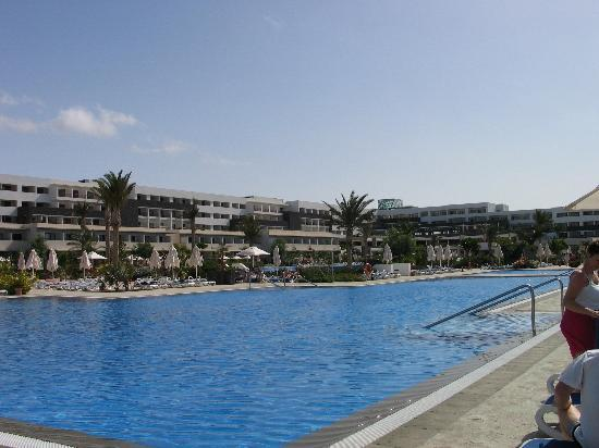 Hotel Costa Calero: Another view of the pools