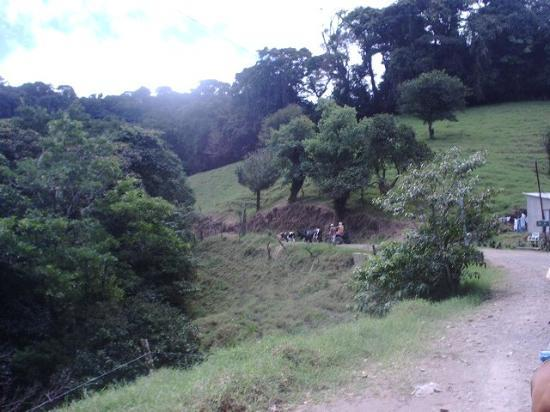 Ecolodge San Luis : These roads are a bit more like it!