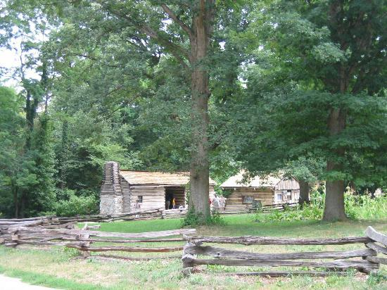 lincoln log cabin state historical site Lincoln log cabin state historic site hosts portrayal of mary lincoln on august 5 lerna, il – at the lincoln log cabin state historic site on saturday, august 5 at.