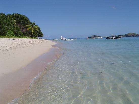Tokoriki Island Resort: The nice end of the beach