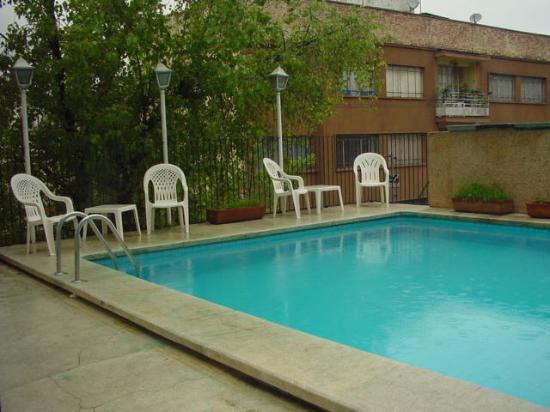 Hotel Cervantes: swimming pool area