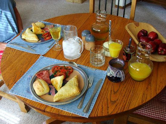 The Suites at Sedona: More breakfast!