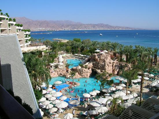 Dan Eilat: view of the Gulf of Eilat and pool from our room