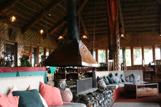 Tari, Papua New Guinea: ambua lodge lounge area