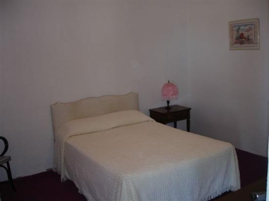 Amargosa Opera House and Hotel: Room 7