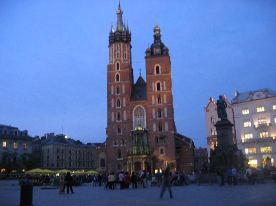 Hotel Pod Roza: The main square in Krakow