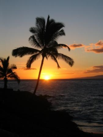 Four Seasons Resort Maui at Wailea: Sunset at Four Seasons Maui