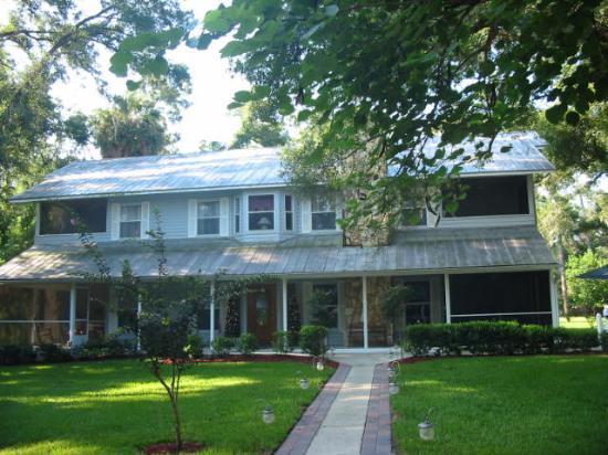 The Ann Stevens House : The Carriage House