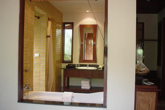 Pimalai Resort and Spa : Superior bathroom
