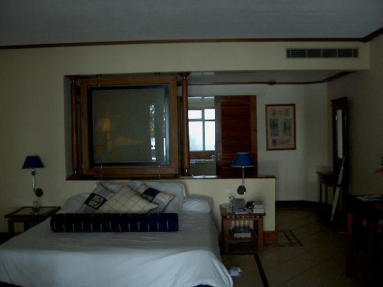 Paradis Beachcomber Golf Resort & Spa: Junior suite