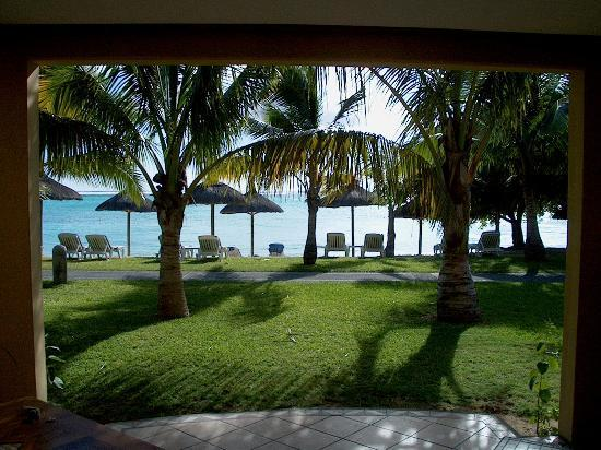 Paradis Beachcomber Golf Resort & Spa: View from the Junior Suite