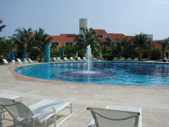 WorldMark Isla Mujeres: Pool at Villa Vera